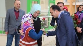 Başkan Cahan Huzurevi'ni Ziyaret Etti