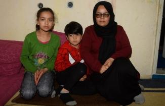 Afgan anne ve 3 çocuğu Uşak'ta yeni bir hayata başladı